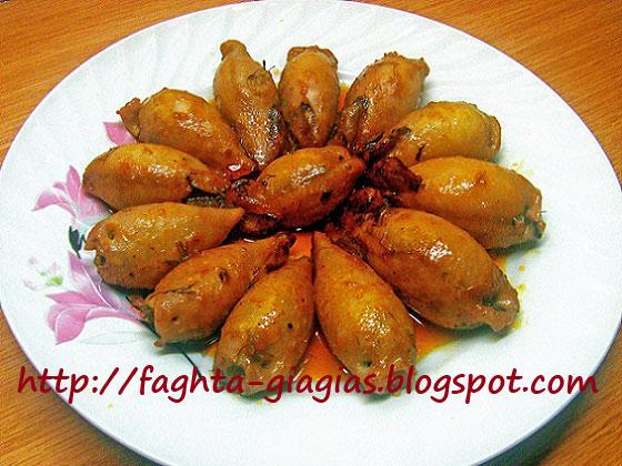 Καλαμαράκια γεμιστά με ρύζι