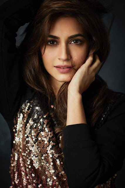 Kriti Kharbanda hot, instagram, age, upcoming movie, sister, husband name, belli belli, sound of raaz, biography, wiki