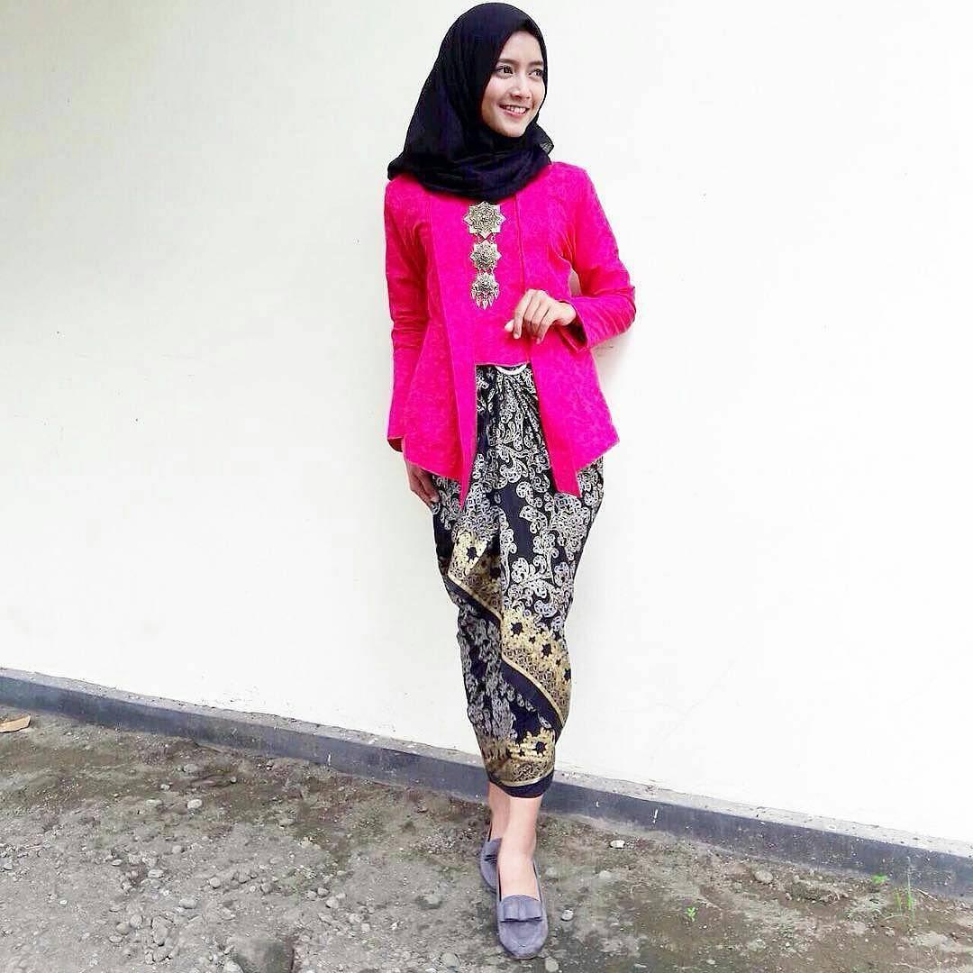 Kebaya Bali Pink Fanta Kebaya Solo M