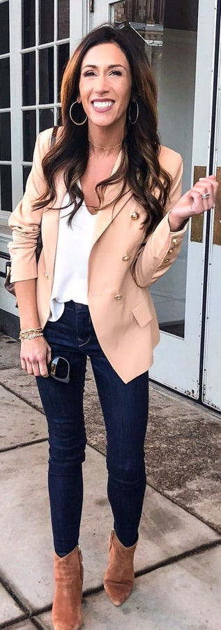 Cute Spring Outfits You Should Already Own #springoutfits #cute