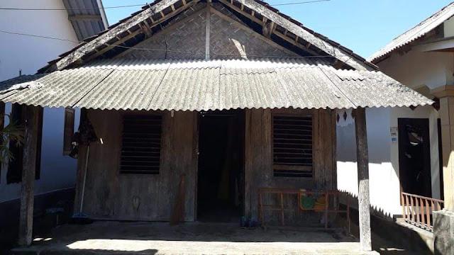 Rumah Muhammad Zohri alias Badok. Dusun Karang Pansor  Desa Pemenang Barat  Kec.Pemenang Lombok Utara. NTB