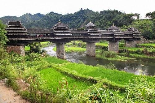 8. चेंगयांग ब्रिज, चीन (Chengyang Bridge, Sanjiang County, China)