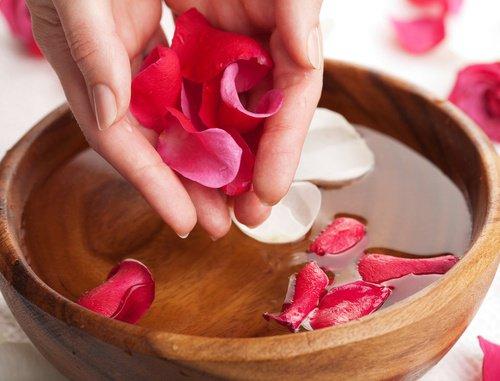 Comment faire disparaître les rougeurs du visage? remèdes naturels contre les rougeurs du visage