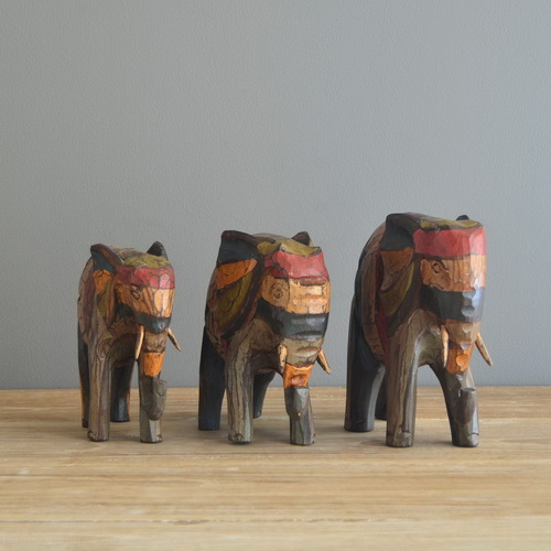 Tinuku.com Matralegno studio presents series sculptures iconic animals as installations artworks for interior decoration