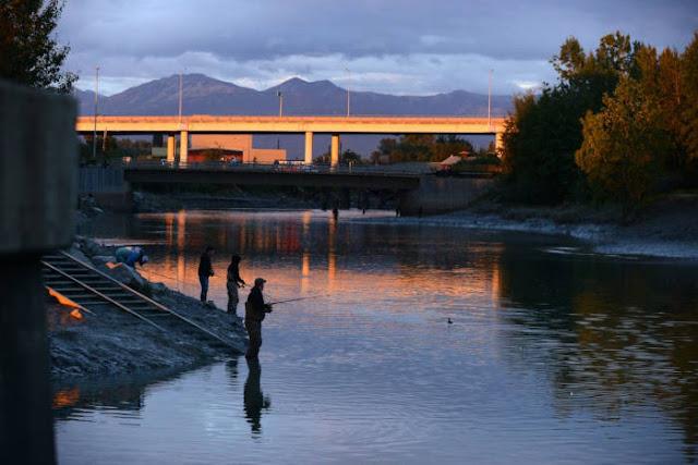 Pergi memancing di Ship Creek
