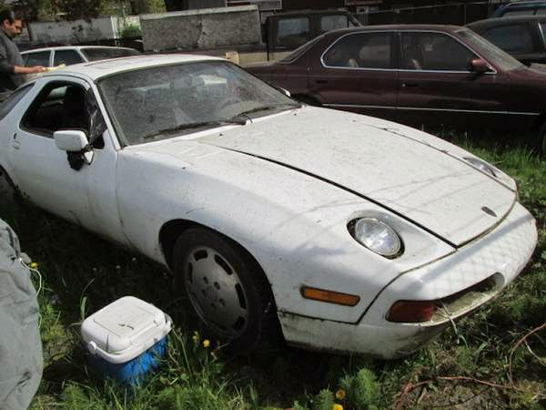 restoration project cars 1983 porsche 928 restoration project cars. Black Bedroom Furniture Sets. Home Design Ideas