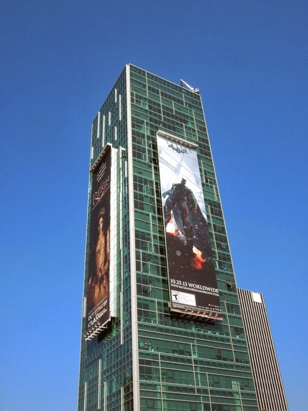 Batman Arkham Origins giant billboard