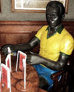 Pelé: Um dos Craques do Estadio FC Restaurant, em Lima