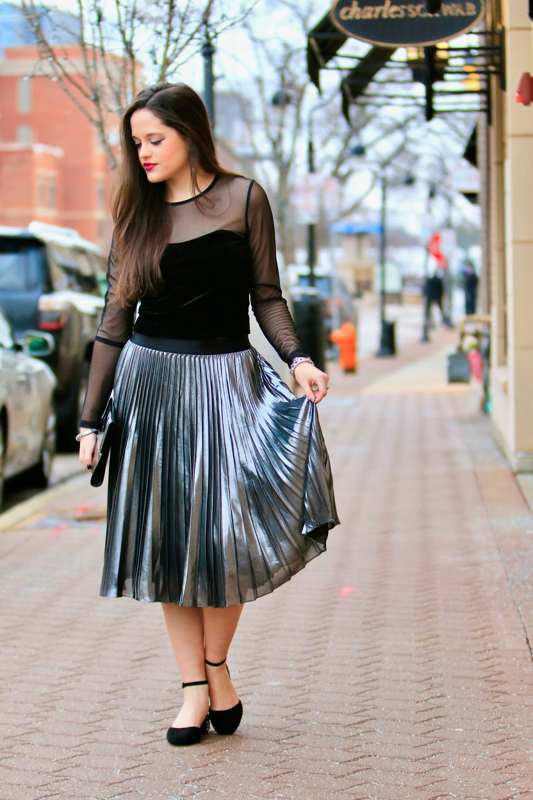 metallic pleated skirt pics