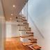 5 Inspirasi Desain Tangga Unik untuk Tampilan Rumah yang Beda