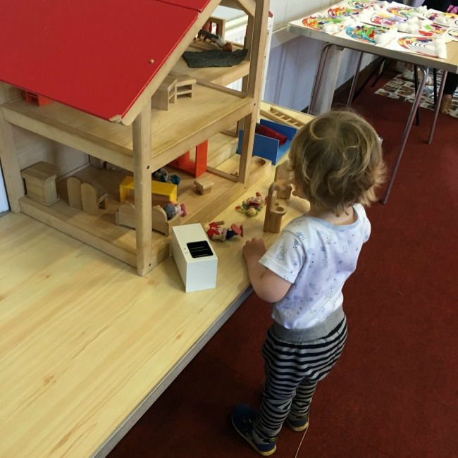 toddler-and-dolls-house