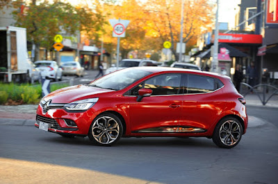 Carshighlight.com - Renault 2019 Clio Review,