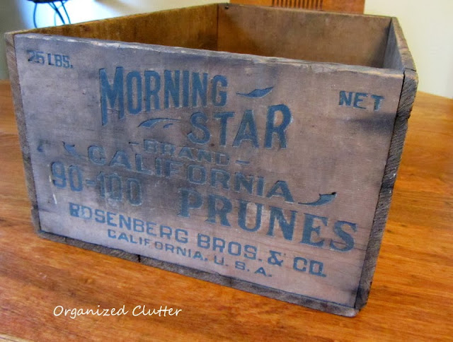 Vintage Prune Crate http://organizedclutterqueen.blogspot.com/2013/10/thrifting-and-antique-shopping.html