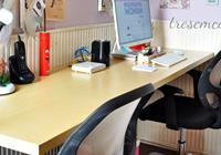 mesa de trabalho com porta