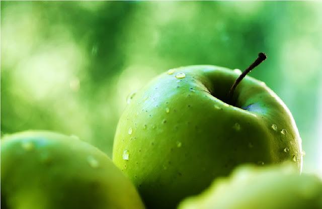 http://www.katasaya.net/2016/08/manfaat-konsumsi-apel-hijau-bagi-kesehatan.html