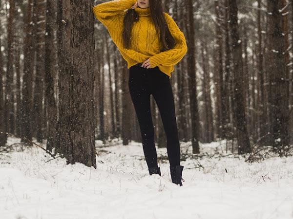 296: Stylizacja: Czarna parka i musztardowy sweter