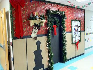 Mr. First Grade: Christmas Door Contest