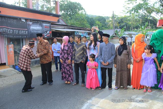 Foto Liputan Pernikahan Tyas & Joko | Bag.2 - Foto Tunangan & Seserahan Tyas & Joko | Klikmg.com Fotografer Pernikahan Purwokerto