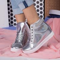 sneakersi-pentru-femei-3