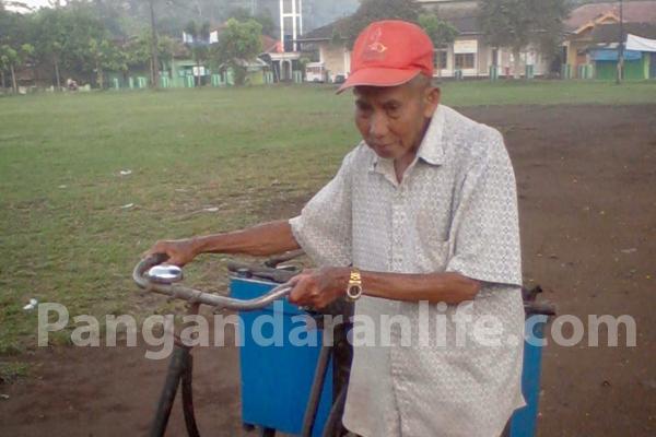 sepeda tua kakek tarli