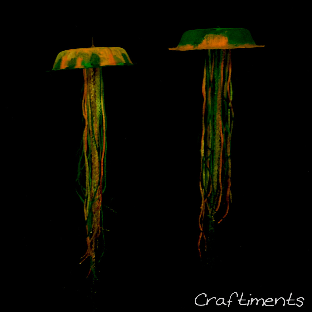 Craftiments:  Kids Glow-in-the-Dark Jellyfish Craft