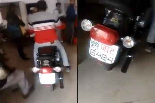 faridabad-bullet-park-inside-post-office-ballabhgarh-video-viral-news