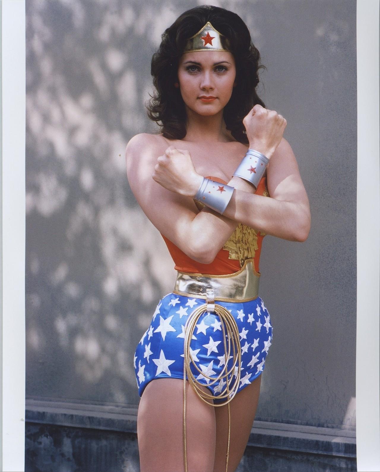 wonder woman - photo #33