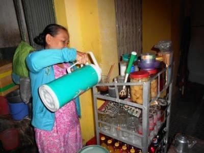 penjual kopi di ho chi minh city vietnam