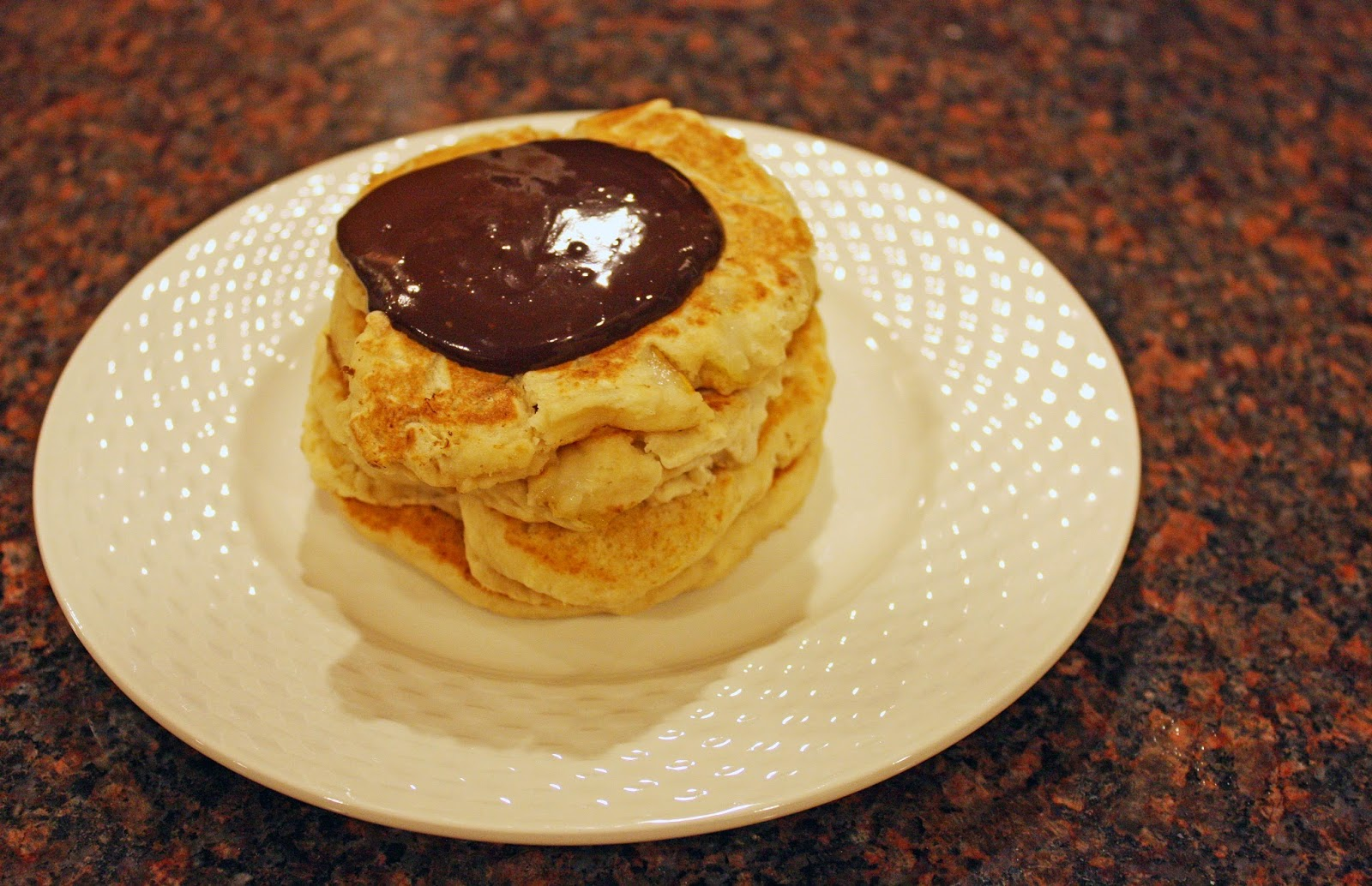 vegan ginger pear pancakes with chocolate syrup