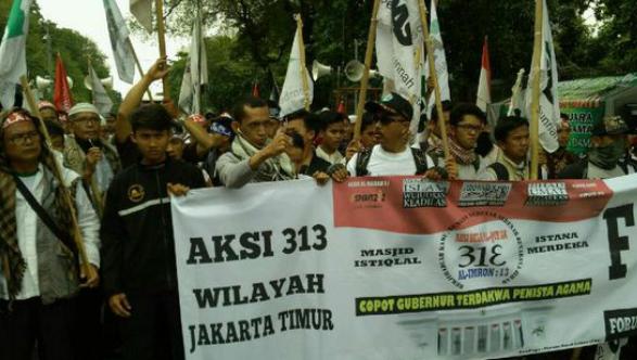 Aksi 313, Massa Makin Ramai Datangi Masjid Istiqlal