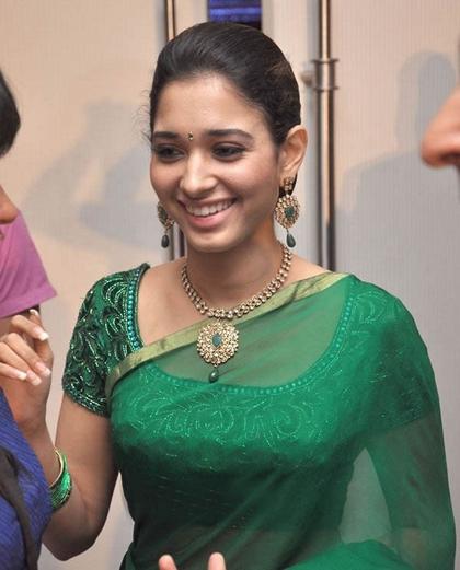 Tamanna In Saree In Rebel: Beauty Queen Tamanna In Green Saree Image Gallery
