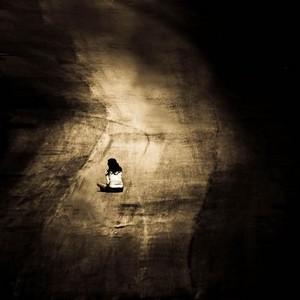 رمزيات حزن للواتساب , صور رمزيات حزينه ومعبرة عن البكاء للأنستقرام
