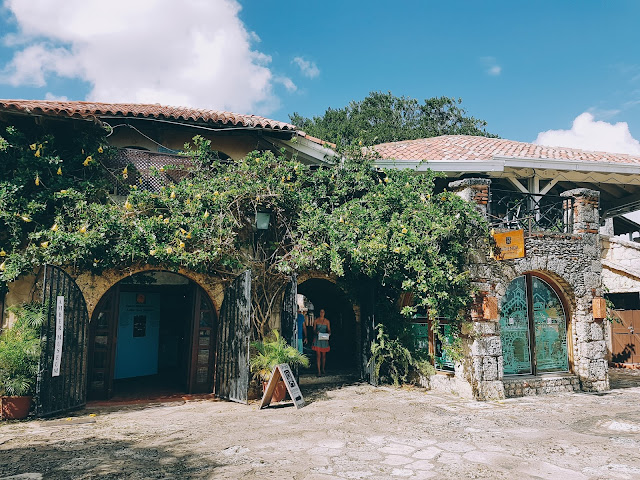 INTRIGUE #30 - SPRINGBREAK   Altos_de_chavon_republique_dominicaine%2B%25284%2529