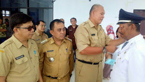 Assisten 1 Wakili Bupati Lantik Pejabat Hukum Tua Desa Tontalete