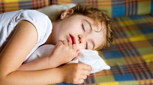 Anak Sering Tidur Ngorok Malam Hari, Mungkin Anak Terkena Penyakit Berikut Ini.