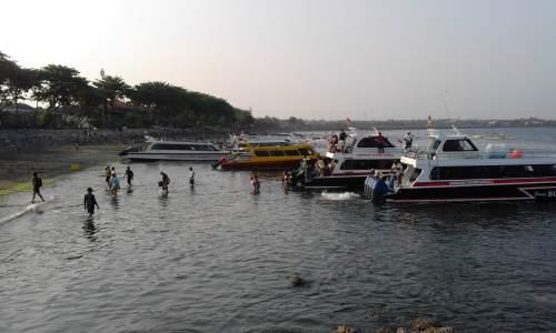 Objek wisata pantai sanur (kota denpasar)