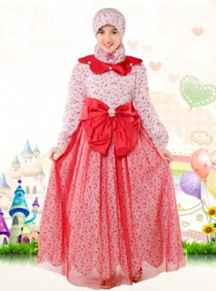 Model baju pesta muslim anak perempuan warna pink