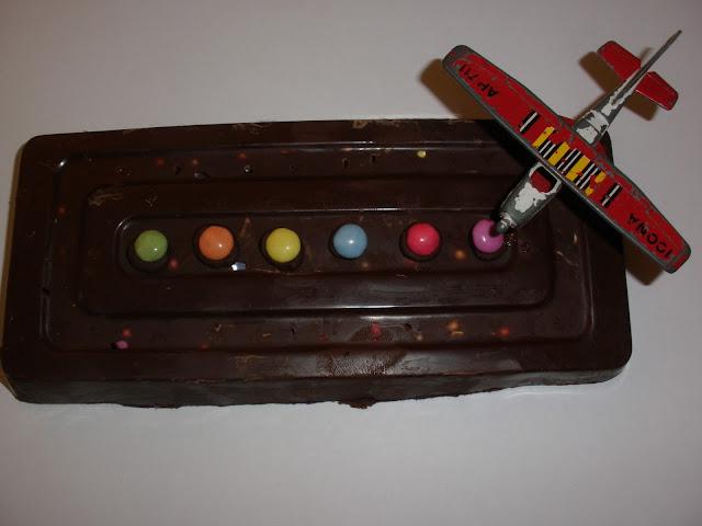 TURRÓN DE CHOCOLATE Y LACASITOS PARA NIÑOS