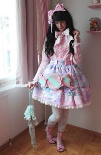 mintyfrills sweet lolita fashion kawaii cute japan electricspacecarousel