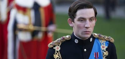 Josh O'Connor ganha a afeição do público na pele do príncipe Charles, um homem apaixonado