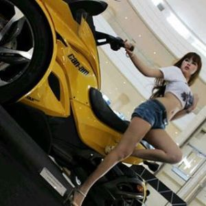 Foto Hot Sherly Himawan