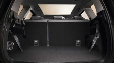Renault Grand Scenic coffre intérieur avec 5 sièges places
