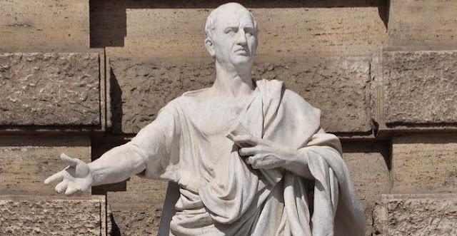 Patung Cicero / Foto The Imaginative Conservative