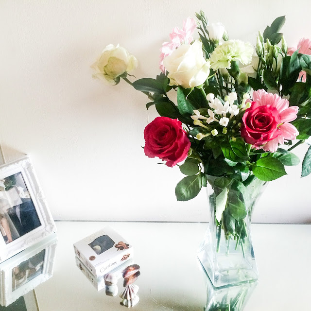 Debenhams Flowers, Debenhams Flowers Delivery, Debenhams Flowers Review, Best Debenhams Flowers, Flower Bouquet,