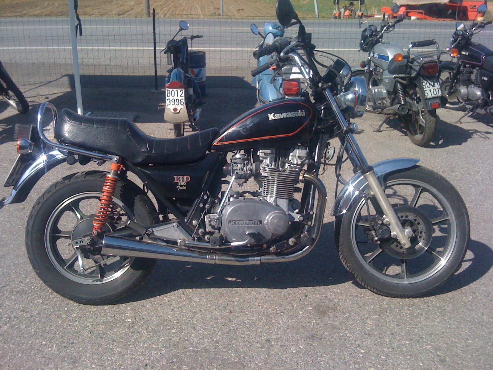 b r moto art next work kawasaki z750 ltd 1981 br011 daniel 39 s bike. Black Bedroom Furniture Sets. Home Design Ideas
