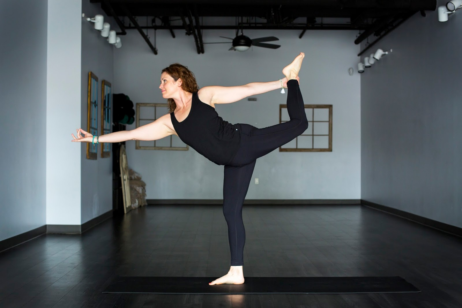 amy-pollok-dc-yoga-photography-3