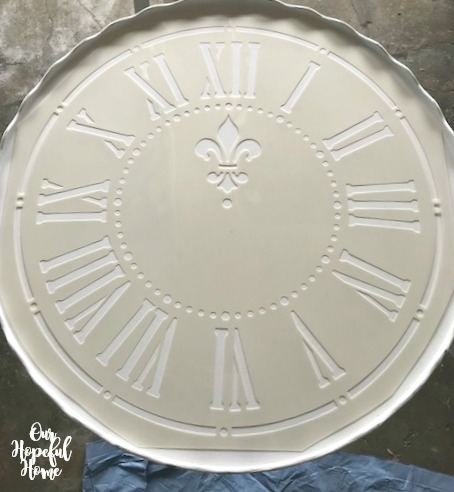clock stencil round French farmhouse table