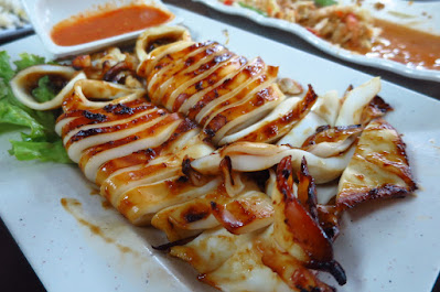 Dee Tongue Thai by Rung Mama, grilled squid