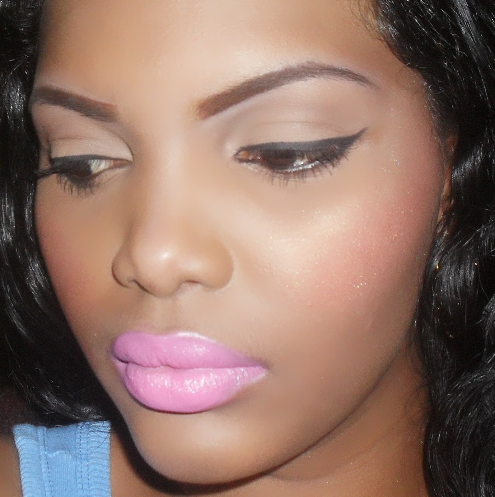 BLUSH HAPPY: Mac's Pink Nouveau Lipstick: Review and Swatches