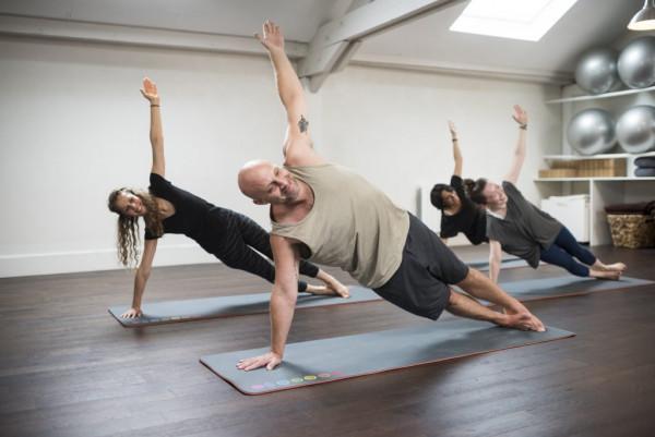 phong-cach-Astanga Yoga